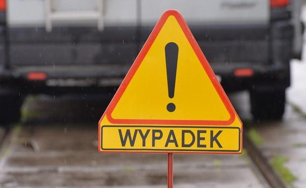 Poważny wypadek w Woli Batorskiej. Pięć osób rannych, w tym dwoje dzieci