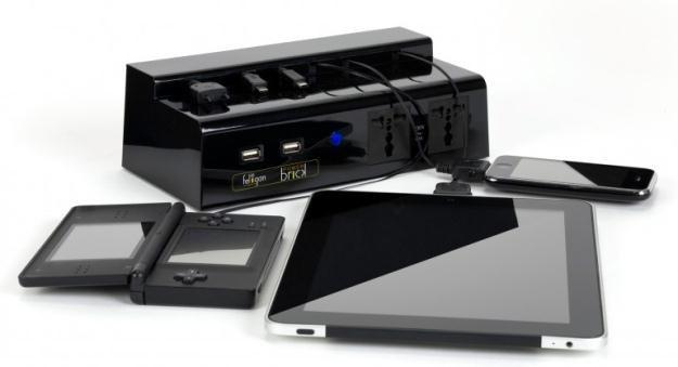 PowerBrick może ładować 11 urządzeń jednocześnie /materiały prasowe
