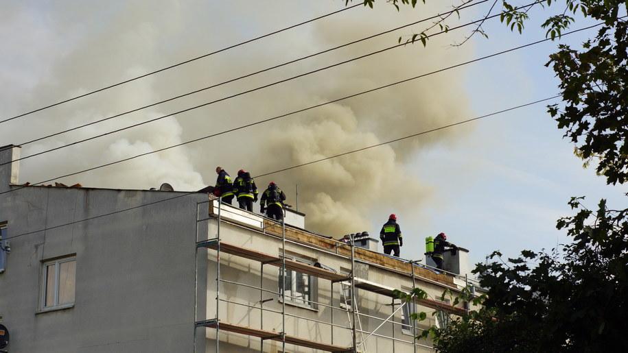 Pożar budynku wielorodzinnego na Pradze Południe /Michał Dukaczewski /RMF FM