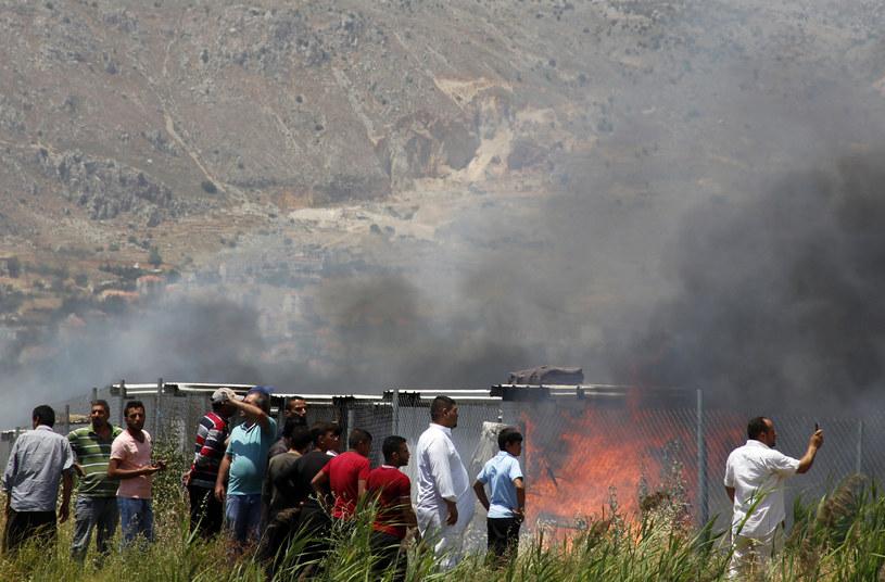 Pożar, który wybuchł w obozie dla uchodźców w Libanie /HASSAN JARRAH  /AFP