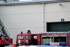 Pożar w fabryce w Żarowie na Dolnym Śląsku