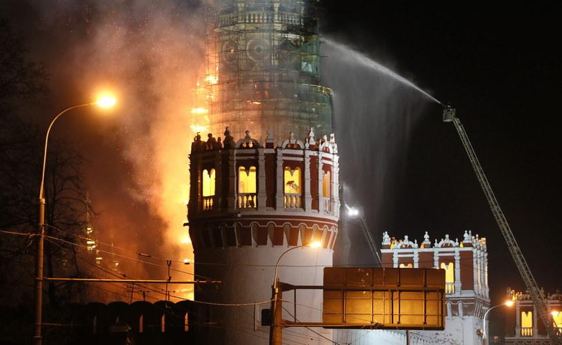 Pożar zabytkowego Monasteru Nowodziewiczego /PAP/EPA