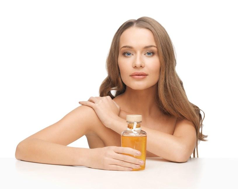 Poznaj właściwości olejków i wypróbuj nasze przepisy /123RF/PICSEL