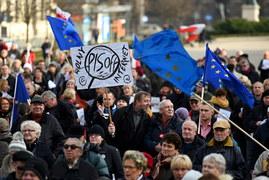 Poznań: Kilkaset osób protestowało przeciwko inwigilacji