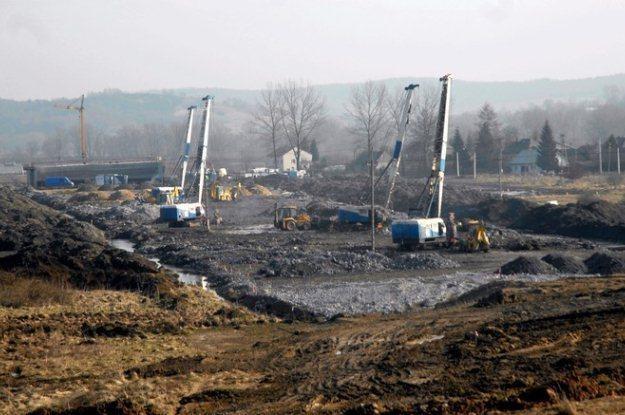 Prace na budowie autostrady A4 zostały wstrzymane / Fot: M. Lasyk /Reporter