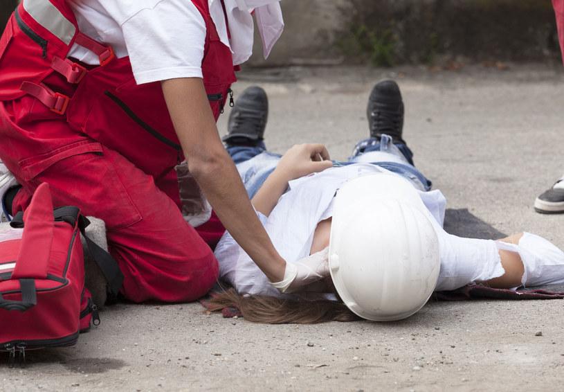 Pracodawca jest zobowiązany zapewnić pracownikom bezpieczne i higieniczne warunki pracy /©123RF/PICSEL