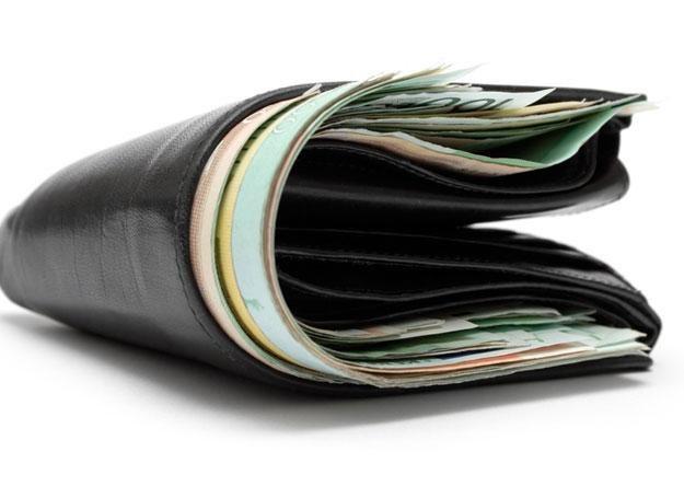 Pracodawca nie może zabierać nam pieniędzy według własnego i komornika widzimisię /© Panthermedia