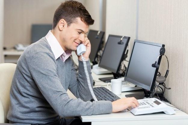 Pracodawcy coraz częściej szukają osób znających egzotyczne języki /123RF/PICSEL