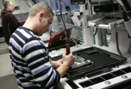 Pracownicy łódzkiej fabryki Della - teraz już w innych rękach /materiały prasowe