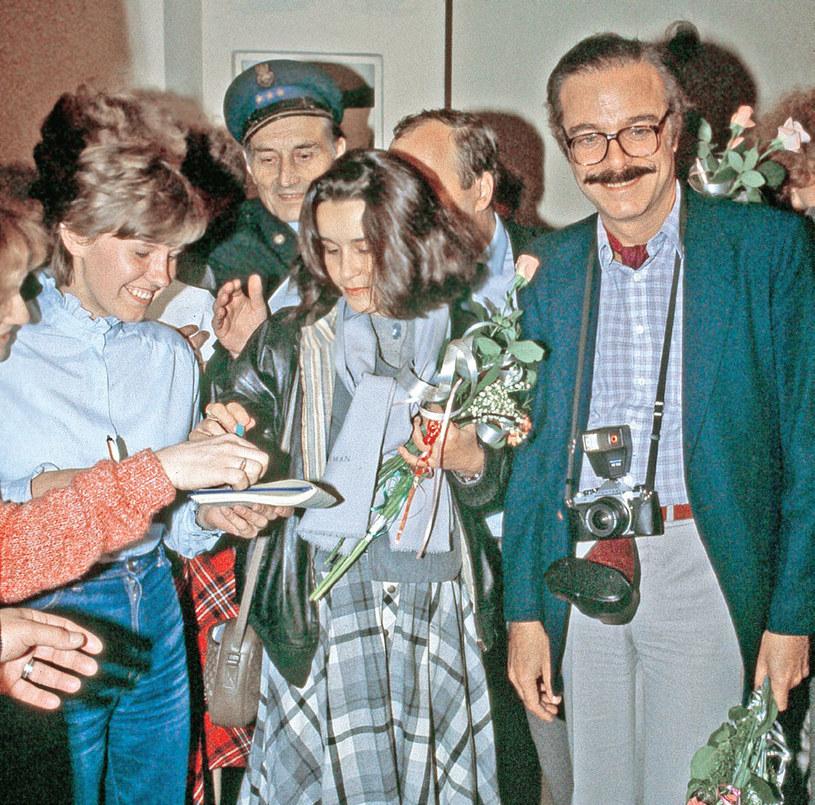 Pracownicze i szpitalne stołówki pękały w szwach, a aktorzy rozdawali tysiące autografów /Tele Tydzień