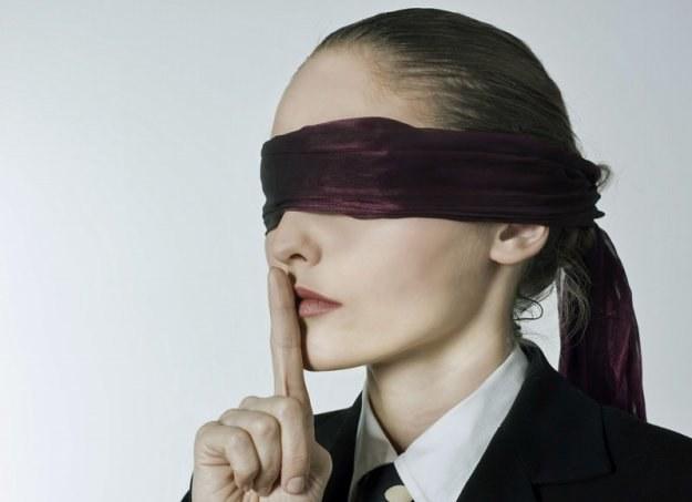 Pracownik jest zobligowany do zachowania tajemnicy służbowej /© Panthermedia