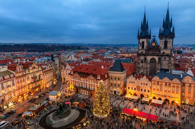 Praga w świątecznej odsłonie /123/RF PICSEL