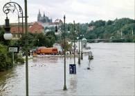 Praga - woda w Wełtawie zaczyna opadać /RMF24.pl