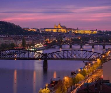 Praga: Zawalił się most dla pieszych, cztery osoby ranne