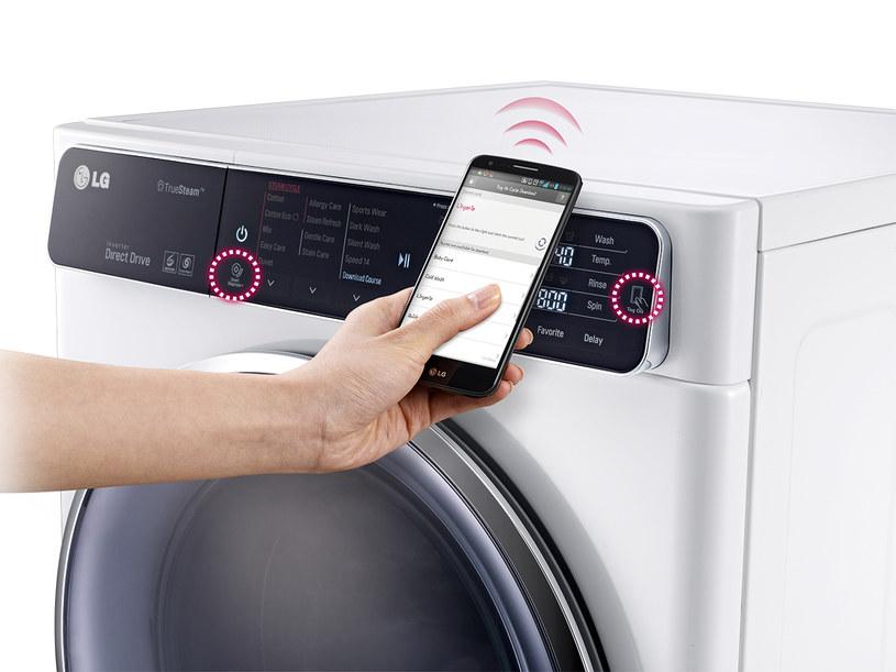 Pralkę LG TurboWash można sparować ze smartfonem /materiały prasowe