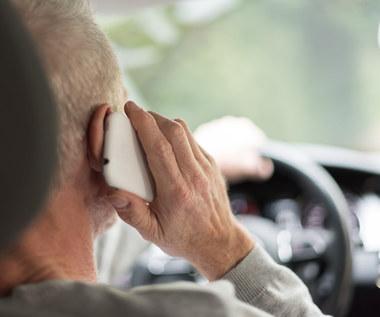 Prawo Evana pozwoli sprawdzić czy kierowca podczas jazdy samochodem używał telefonu