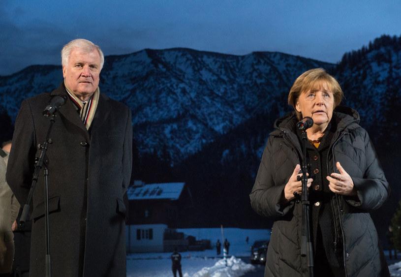 Premier Bawarii Horst Seehofer i kanclerz Angela Merkel /AFP