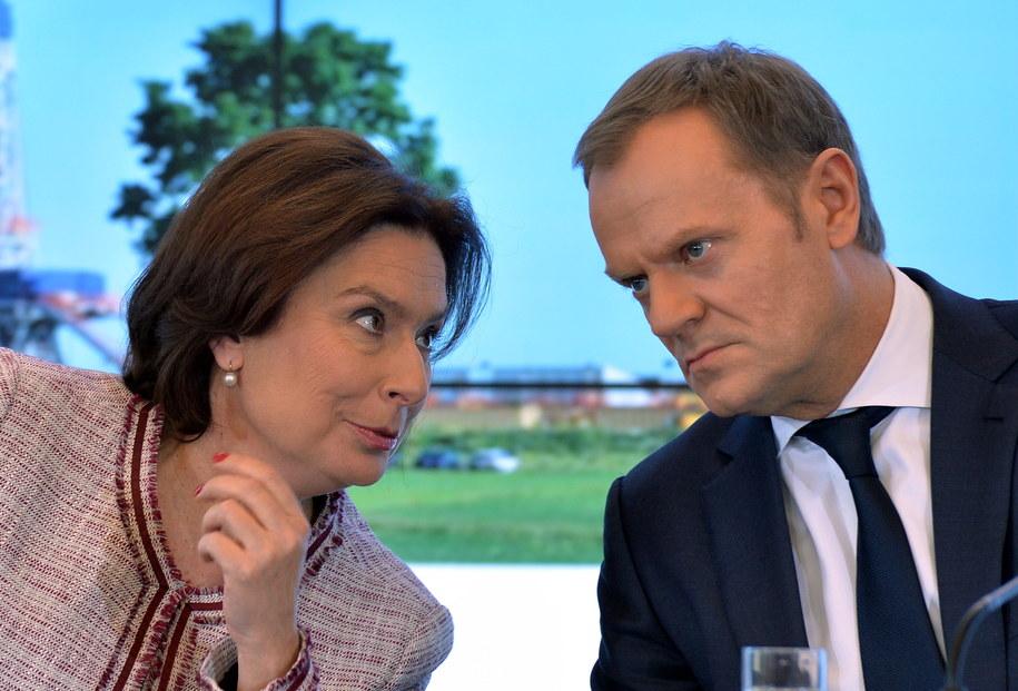 Premier Donald Tusk i Małgorzata Kidawa-Błońska /Radek Pietruszka /PAP