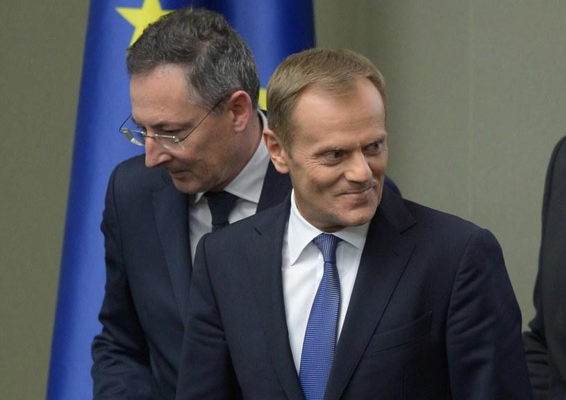 Premier Donald Tusk i minister spraw wewnętrznych Bartłomiej Sienkiewicz /Radek Pietruszka /PAP