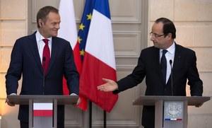 Premier Donald Tusk i prezydent Francois Hollande /IAN LANGSDON /PAP/EPA