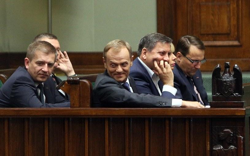 Premier Donald tusk podczas debaty nad wotum nieufnosci dla rzadu /Mariusz Grzelak /Reporter