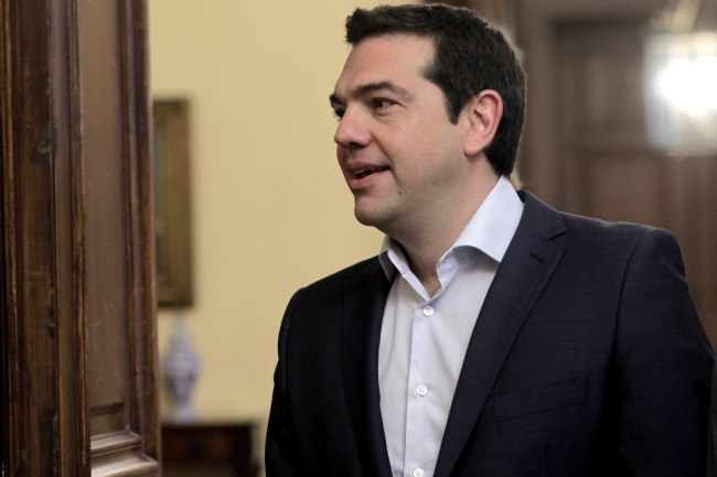 Premier Grecji Aleksis Cipras /ORESTIS PANAGIOTOU /PAP/EPA