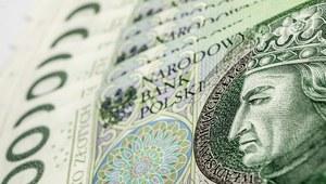 Premier: Rozporządzenie ws. 2 tys. zł minimalnego wynagrodzenia za pracę w 2017 r. podpisane