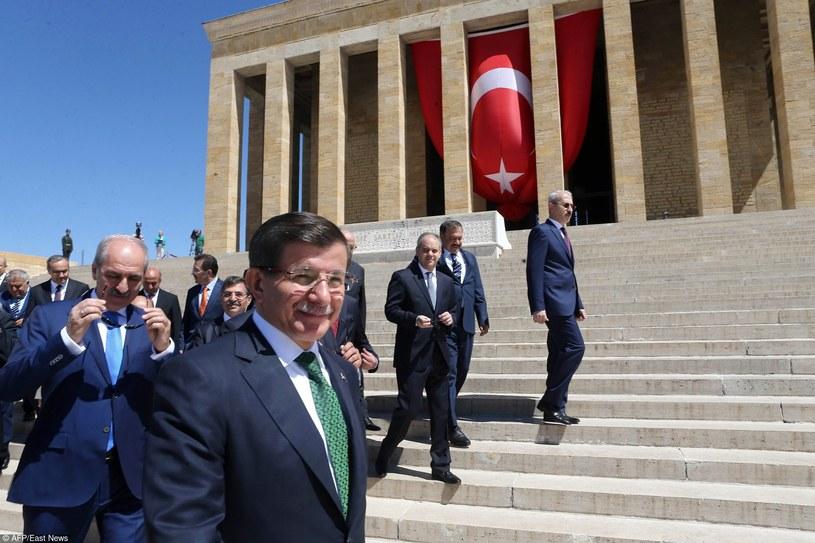 Premier Turcji Ahmet Davutoglu /ADEM ALTAN /East News