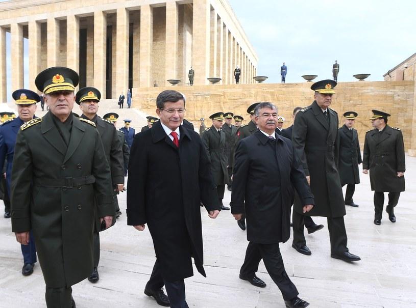 Premier Turcji Ahmet Davutoglu /ADEM ALTAN /AFP