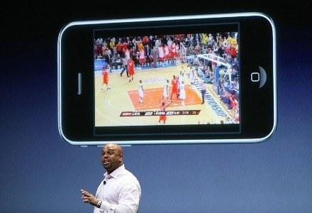 Prezentacja nowej wersji systemu operacyjnego iPhone'a /AFP