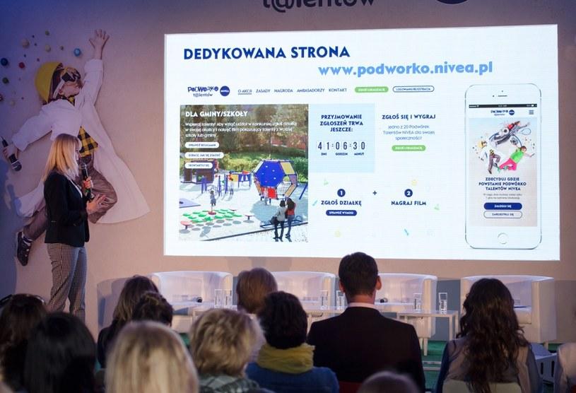 """Prezentacja projektu """"Podwórko Talentów NIVEA"""" /materiały prasowe"""