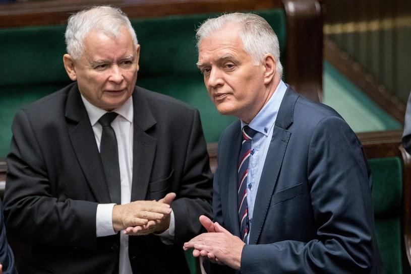 Prezes PiS Jarosław Kaczyński i wicepremier Jarosław Gowin /Andrzej Iwańczuk /Reporter