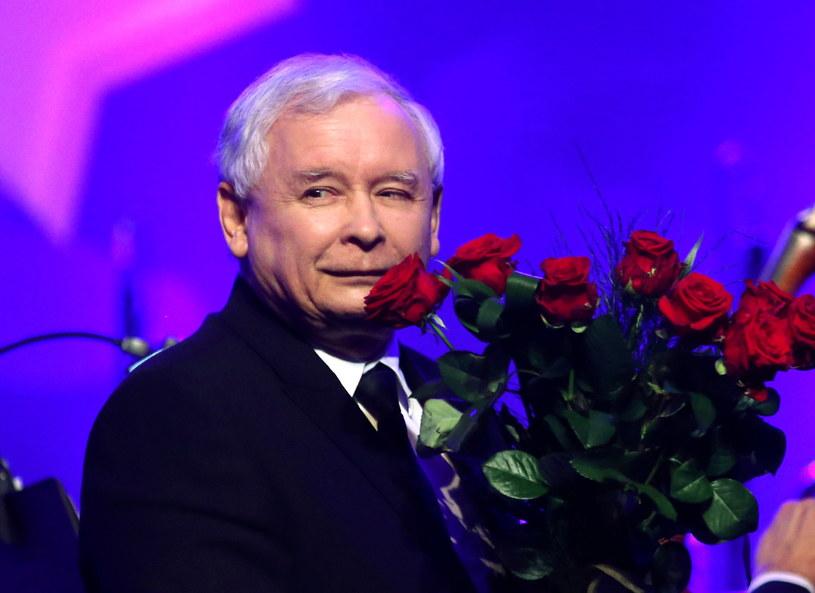 Prezes PiS Jarosław Kaczyński otrzymał tytuł Człowieka Roku 2014 /Grzegorz Momot /East News
