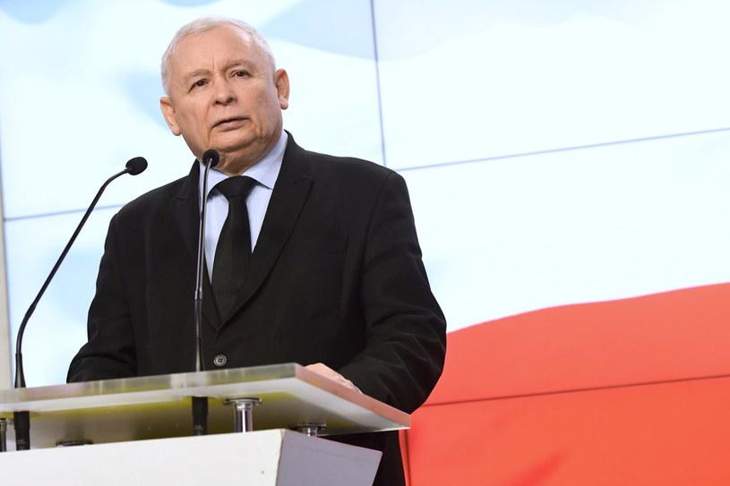 Prezes Prawa i Sprawiedliwości Jarosław Kaczyński podczas konferencji prasowej w siedzibie PiS w Warszawie /Jacek Turczyk /PAP