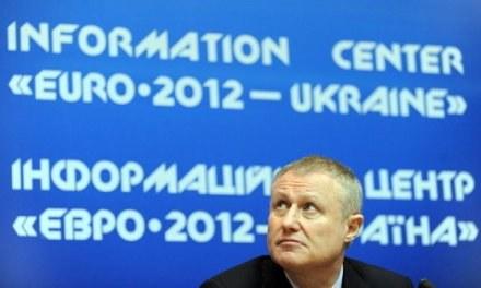 Prezes ukraińskiego związku piłki nożnej, Grigorij Surkis wie, że może stracić finał Euro 2012 /AFP