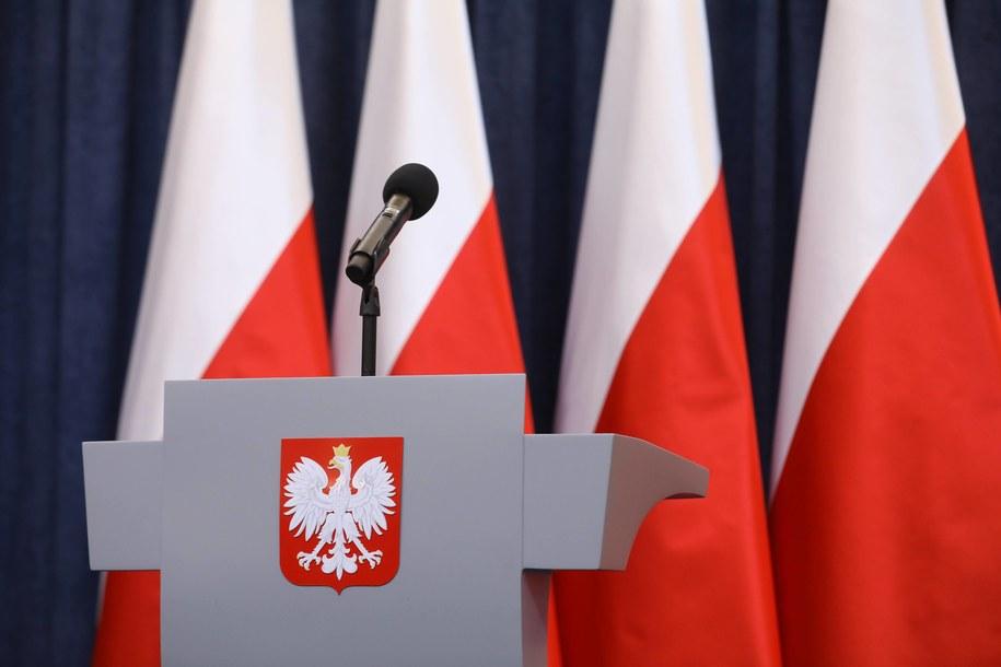 Prezydent Andrzej Duda chce, by TK zbadał, czy wolność słowa nie jest przez przepisy noweli ustawy o IPN w sposób nieuprawniony ograniczona /Rafał Guz   /PAP