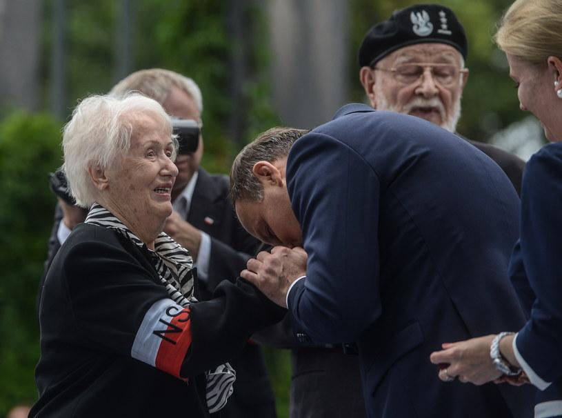 Prezydent Andrzej Duda odznaczył Irenę Dziaduszewską /Jakub Kamiński   /PAP