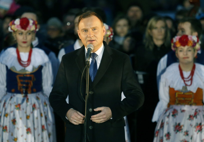 Prezydent Andrzej Duda podczas spotkania z mieszkańcami miasta /Andrzej Grygiel /PAP