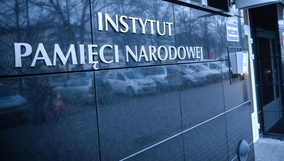 Prezydent Andrzej Duda podpisał nowelę o IPN, postanowił jednak - w trybie kontroli następczej - skierować ustawę do Trybunału Konstytucyjnego /Jacek Turczyk /PAP