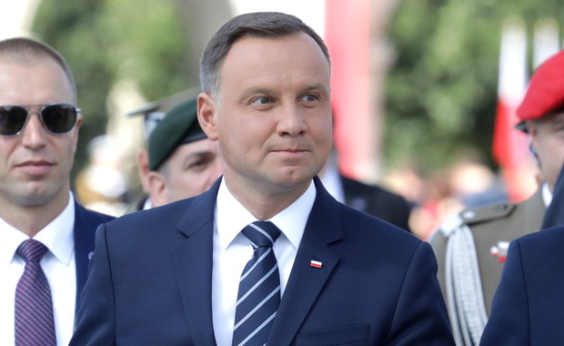 Prezydent Duda ma szansę wyprowadzić Polskę z zaciskającego się brukselskiego klinczu