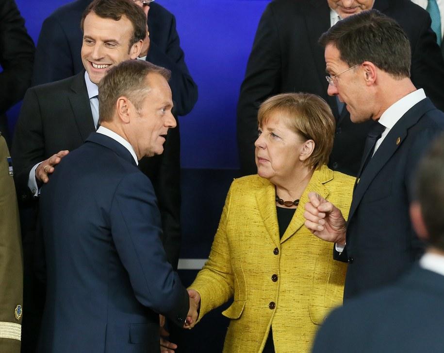 Prezydent Francji Emmanuel Macron, szef Rady Europejskiej Donald Tusk, kanclerz Niemiec Angela Merkel i premier Holandii Mark Rutte /STEPHANIE LECOCQ  /PAP/EPA