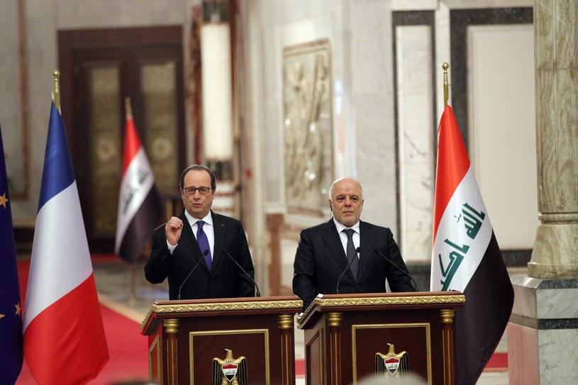 Prezydent Francji  Francois Hollande (L) podczas wspólnej konferencji z premierem Iraku Haiderem al-Abadim /CHRISTOPHE ENA /PAP/EPA