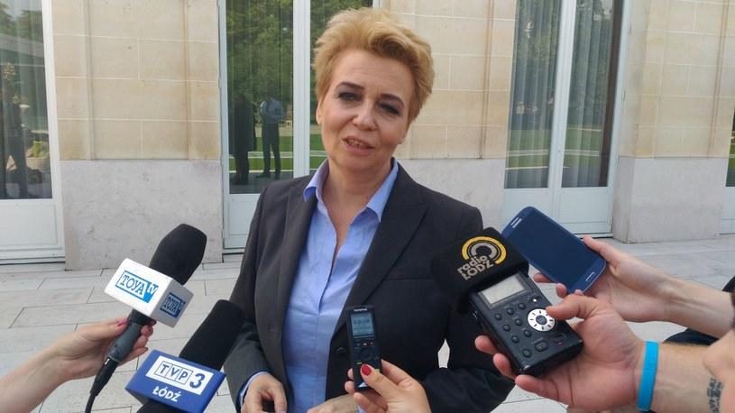 Prezydent Łodzi Hanna Zdanowska podczas rozmowy z dziennikarzami w Paryżu /Dariusz Jaroń /INTERIA.PL