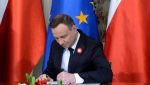 Prezydent podpisał nowelę Karty nauczyciela m.in. dotyczącą godzin karcianych