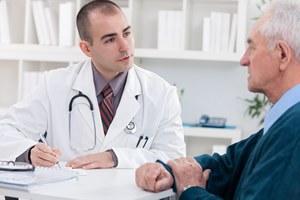 Prezydent podpisał nowelizację o końcu papierowych zwolnień lekarskich w połowie 2018 r.