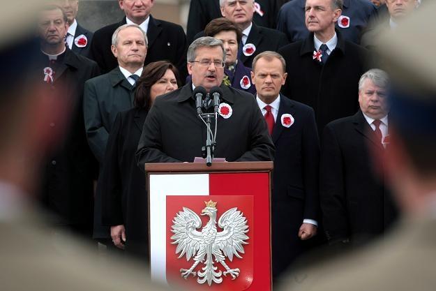 Prezydent przemawia podczas uroczystości na Placu Zamkowym , fot. L. Szymański /PAP