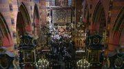 Prezydent Rosji Dmitrij Miedwiediew wziął udział we mszy pogrzebowej pary prezydenckiej
