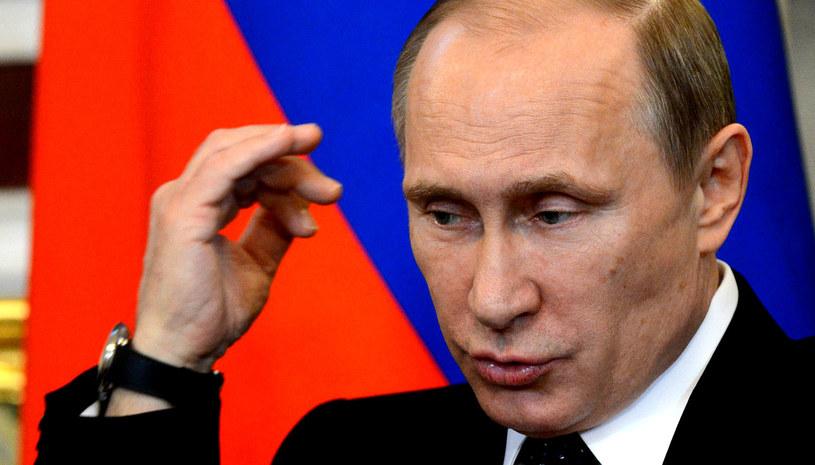 Prezydent Rosji konsekwentnie zaprzecza zarzutom ze strony USA i UE. /AFP