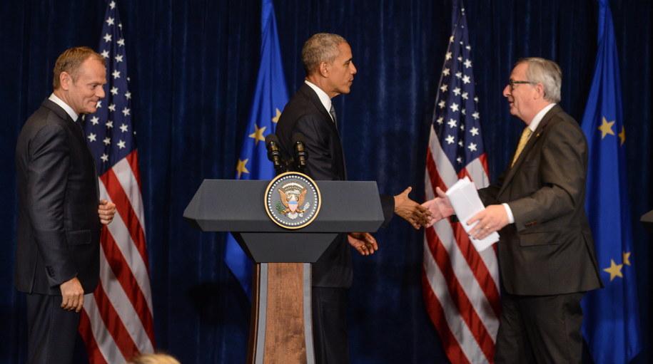 Prezydent USA Barack Obama, przewodniczący Rady Europejskiej Donald Tusk oraz szef Komisji Europejskiej Jean-Claude Juncker podczas konferencji prasowej po spotkaniu /Jakub Kamiński   /PAP