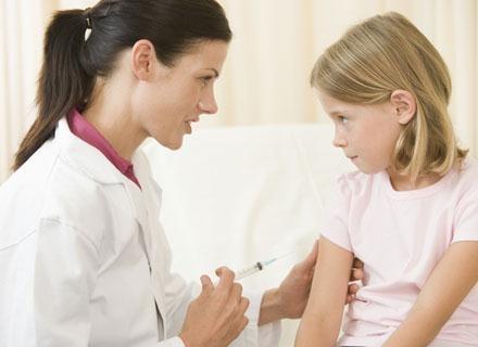 Priorytetem jest wprowadzenie szczepień przeciwko pneumokokom /© Panthermedia